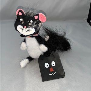 Annalee Masked Black Cat